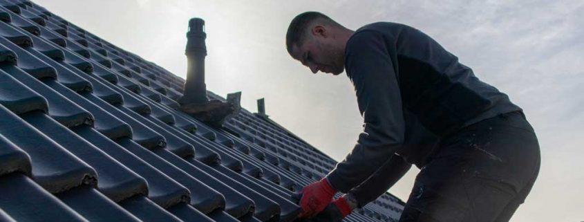Dakinspectie door dakdekker van Dakcentrale Nederland